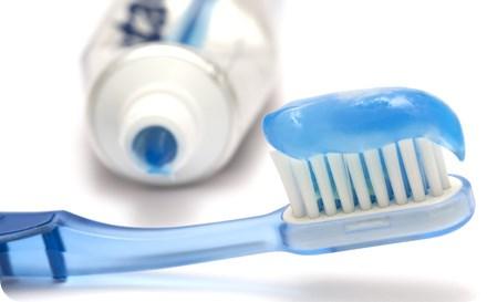 แปรงสีฟัน ยาสีฟัน dentalthai